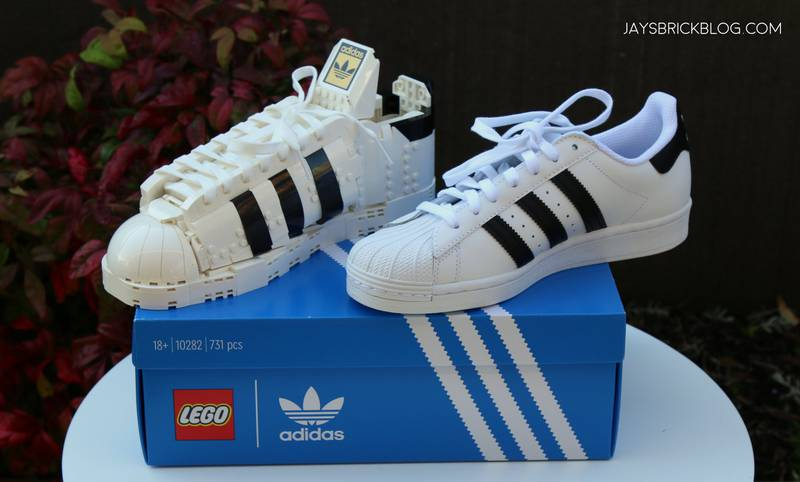 ¡Adidas lo vuelve a hacer! Adidas y Lego lanzan versión clásica de los tenis Superstar